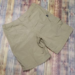 "PATAGONIA WOMENS SHORTS SIZE 12. 32""waist 40 hip"